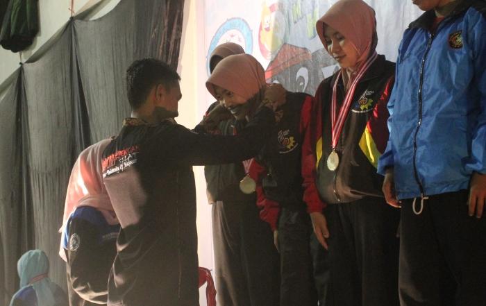 Mahasiswa Psikologi Raih Juara 2 Turnamen Pencak Silat Nasional